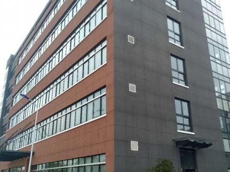 全新~新区单层厂房出租 原房东  18000平米 大小可分