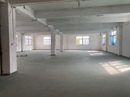 吴中区横泾镇出租二楼500平,2吨货梯大车好卸货