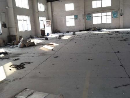天凝小面积厂房600平米门前带空地免费使用